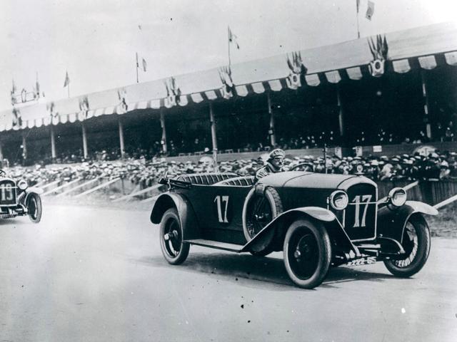 /image/39/3/illus-1912-sport.153454.719393.png