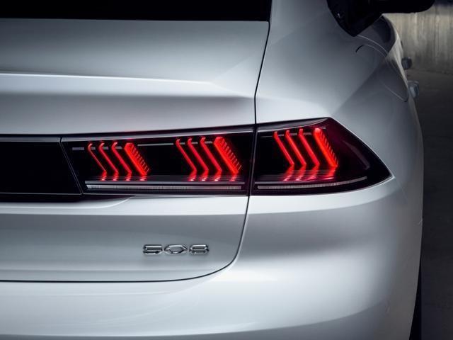 /image/67/4/new-508-fastback-3d-led-lights.449674.jpg
