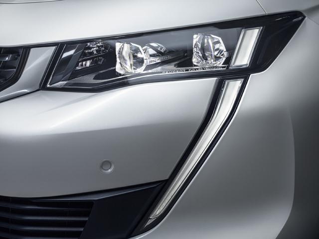 /image/67/8/new-508-fastback-led-headlights.449678.jpg